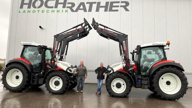 Traktorübergaben An Familien Bachleitner Und mitterhuber