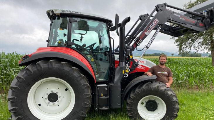 Traktor-Übergabe An Familie Limberger